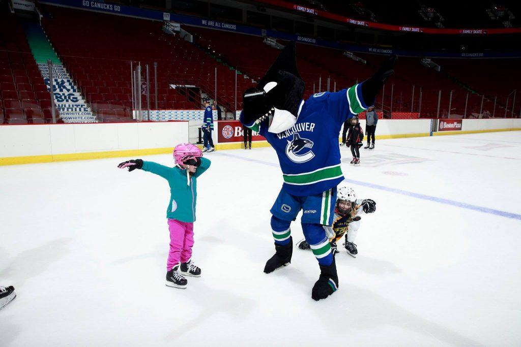 Alivia Vancouver Canucks Fin