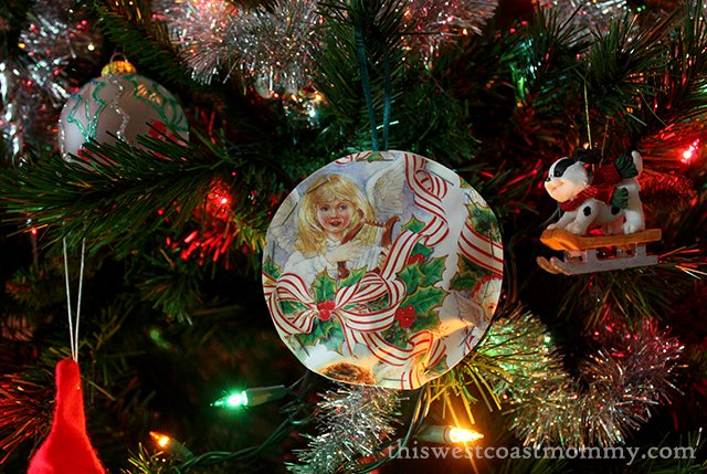 Upcycled Christmas Ornaments - Credit: This West Coast Mommy http://thiswestcoastmommy.com/christmas-craft-upcycled-christmas-ornaments/